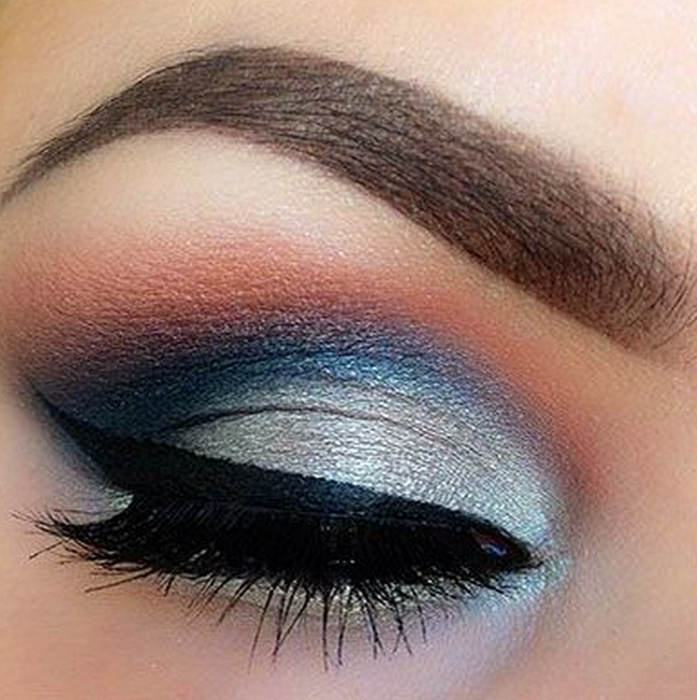 Easy Smokey Eyes In Any Colour Mirenesse Beauty Soul Blog